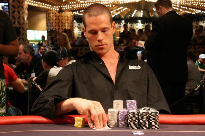 Сильнейшие игроки в онлайн покер играть в игру шарарам с картой
